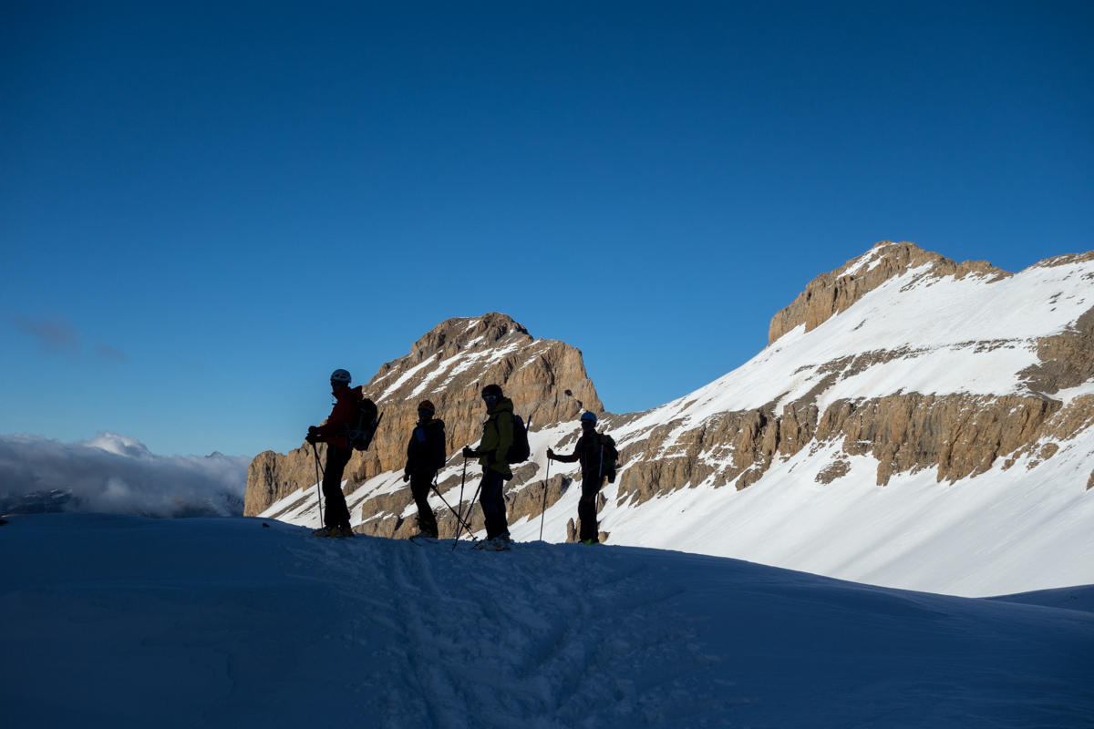 Cotiella con esquís de montaña