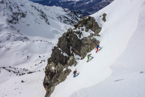 Foratulas con esquí de montaña. Casteret guías de montaña