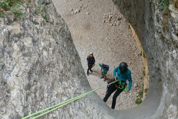 curso de descenso de barrancos. Casteret