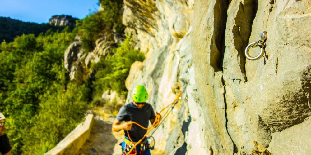 cursos de descenso de barrancos casteret