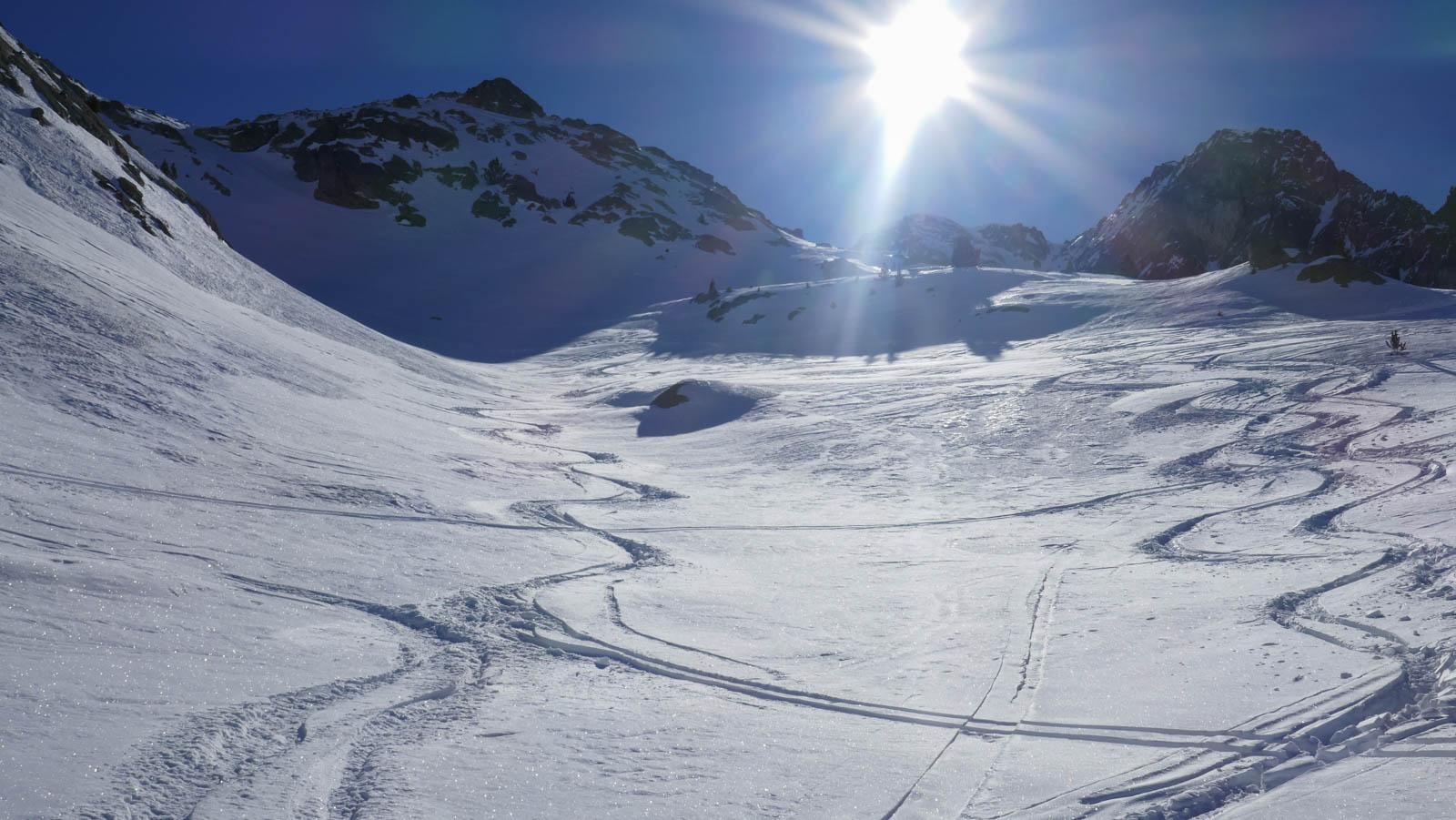 Tablato y Serrato. Descenso por la Diagonal. Esquí de montaña