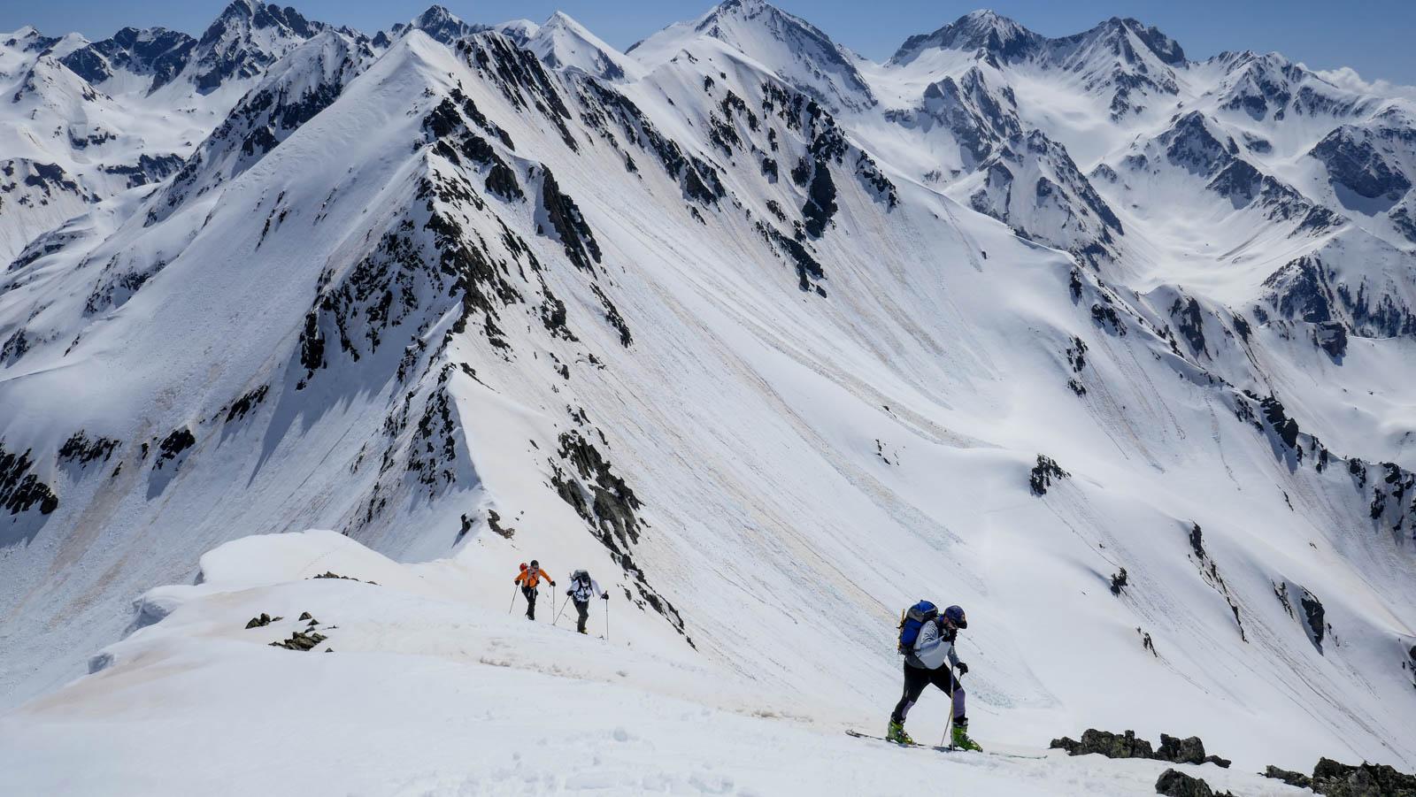 Pico Musales. Descenso por la cara oeste